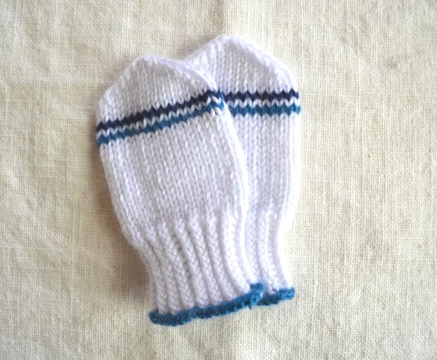 baby-mittens
