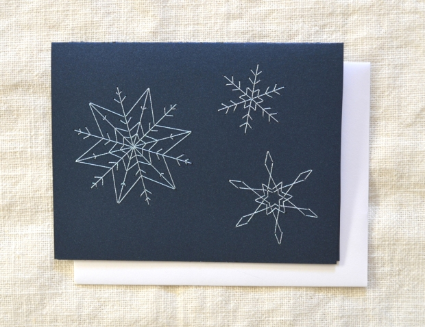 embroidered-card-snowflakes-iridescent-shimmer-midnight-blue-01