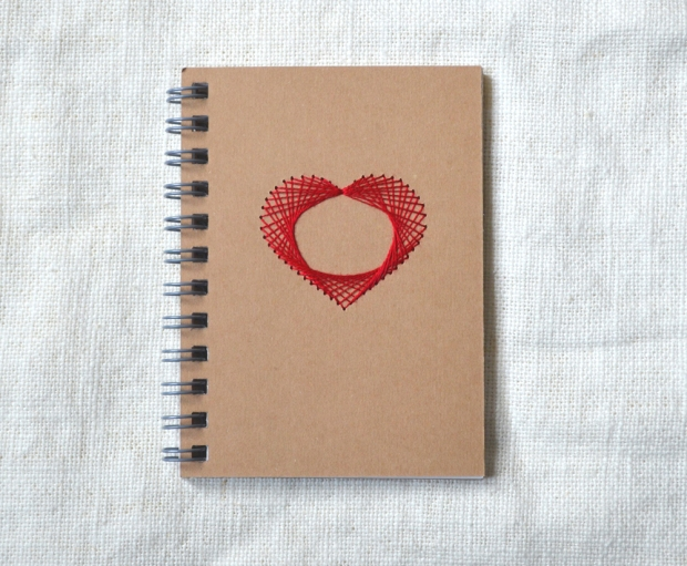 embroidered-heart-mini-notebook-red-01